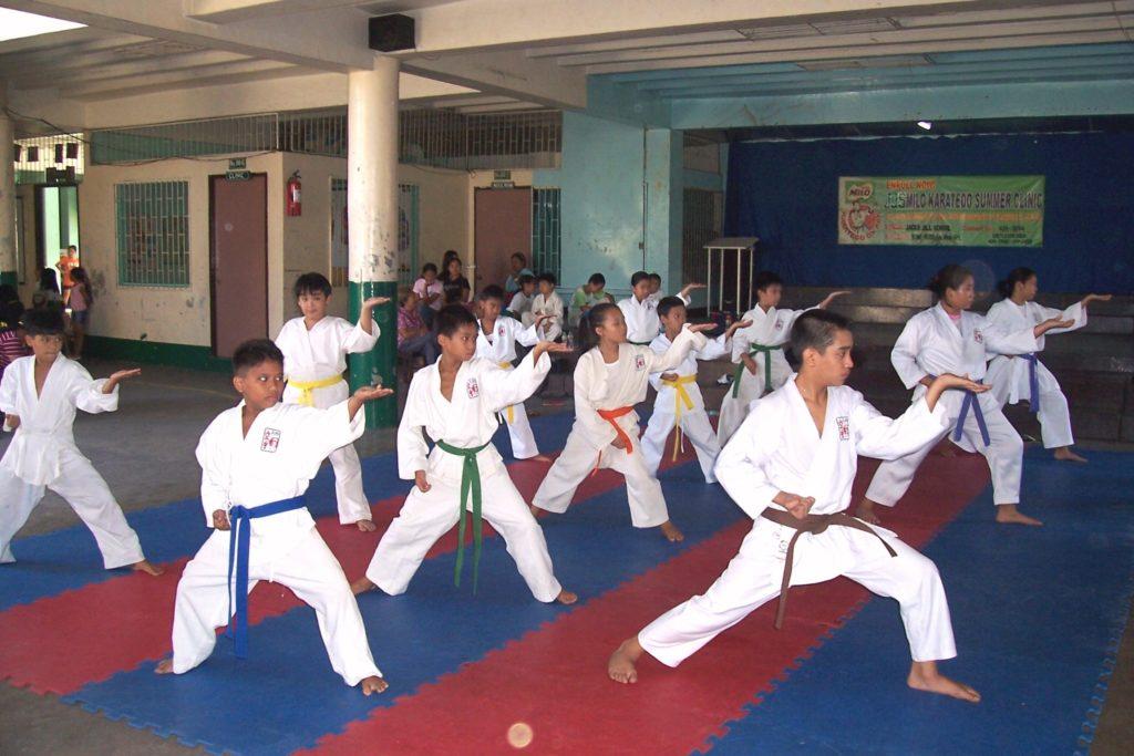 pierwszy trening karate