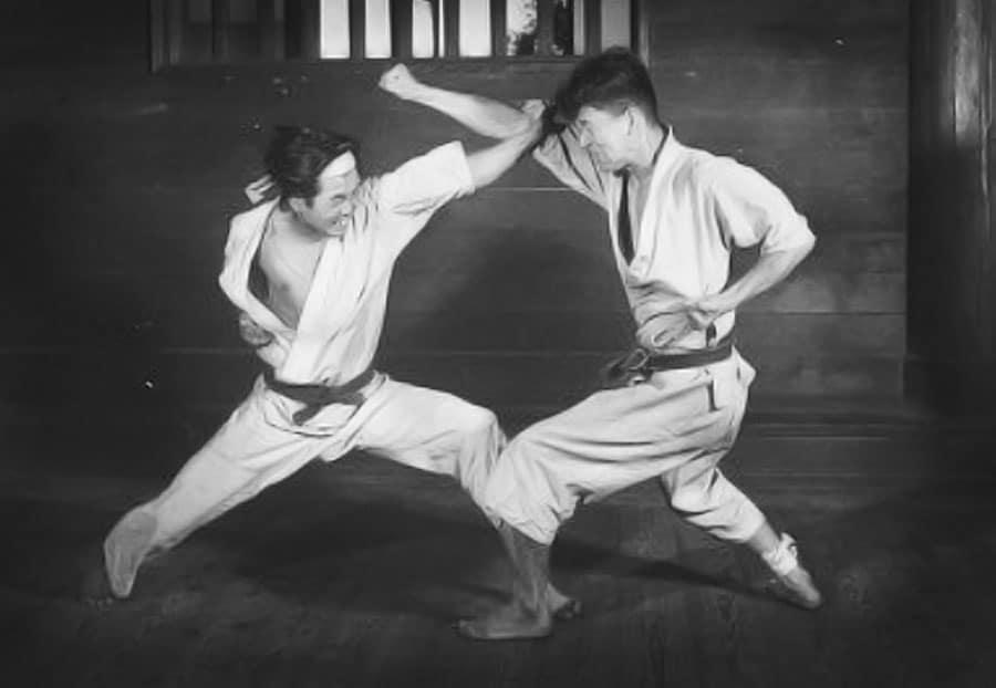 Kyokushin uderzenia w twarz